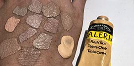 Flesh tint ger ingen bra hudfärg. Det är bättre att blanda själv! Här får du lära dig steg för steg hur du gör | www.dinatelje.se